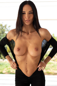 Model Anastasya in Dressed To Kill II